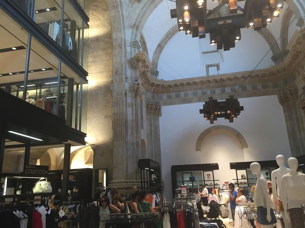 5 Cosas Que Jamás Compraría En Tiendas De Moda De Gran Consumo